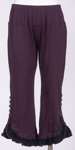 Spicy Pants 3/4 Length with BUttons